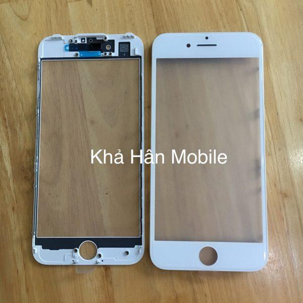 Thay mặt kính điện thoại iPhone 8 lấy liền ở Huế uy tín  Giá ép kính iPhone 8 Plus : 450.000 VND  Bảo hành 3 tháng bể kính thay lại miễn phí.  Liên hê :039.272.4503nếu cần tư vấn thêm