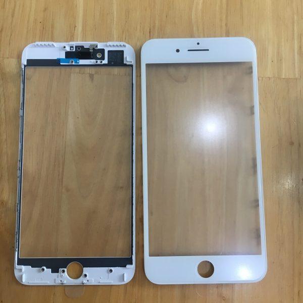 Thay mặt kính điện thoại iPhone 8 Plus lấy liền ở Huế uy tín  Giá ép kính iPhone 8 Plus : 500.000 VND  Bảo hành 3 tháng bể kính thay lại miễn phí.  Liên hê : 039.272.4503 nếu cần tư vấn thêm